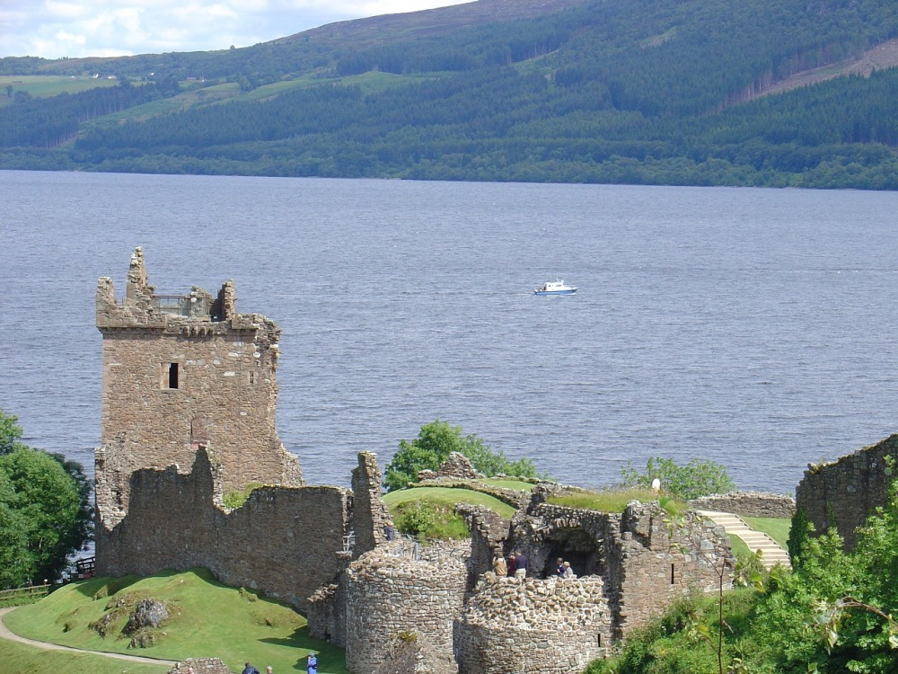 scottish-castle-967972_1280